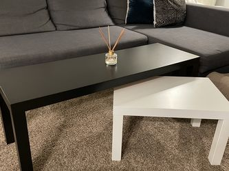 Long Coffee Table And Small Table for Sale in San Diego,  CA