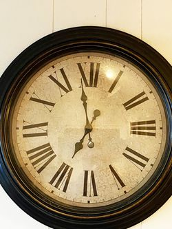 Large Vintage Inspired Clock for Sale in Los Angeles,  CA