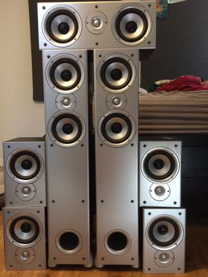 Polk audio 7.1 speaker home theater system WITH SUB for Sale in Pico Rivera, CA