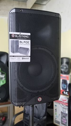"""Pro Speaker BLASTKING. 12"""" woofer. Model is BLADE12A. Come and Test it. for Sale in Miami Springs, FL"""