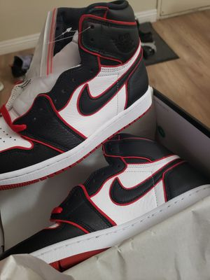 Ds air jordan 1 high bloodlines size 8.5 for Sale in Long Beach, CA