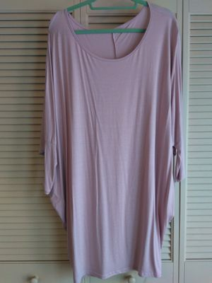 Plus size Pink batwing sleeve shirt NWT for Sale in Modesto, CA