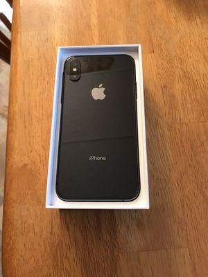Iphone xs 256gb black unlocked for Sale in Newburgh, ME