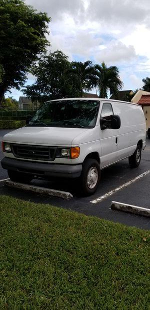 Cargo van ford 2007, 163k miles for Sale in Miami, FL
