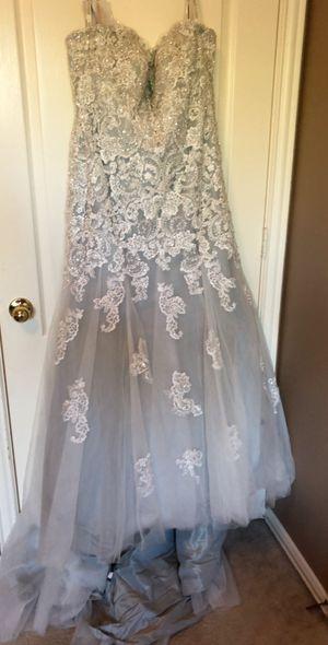 Wedding dress for Sale in Lake Dallas, TX