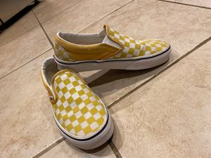 Yellow checkered Vans, Size 7 for Sale in Visalia, CA