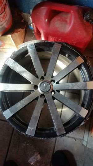 """Four 20"""" rims, three 31"""" KO2 tires, and poker table for Sale in Madera, CA"""