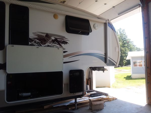 Used 2010 Keystone RV Everest 345S