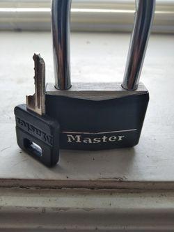 Lock w Key for Sale in Chicago, IL