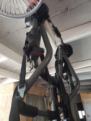 Rraca para bike bell vuenas condiciones for Sale in San Fernando, CA