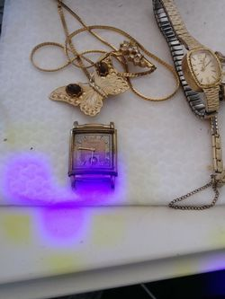 Lot Of Watches And More In Good Condition for Sale in Santa Ana,  CA
