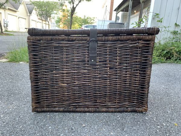 Storage trunk, wicker