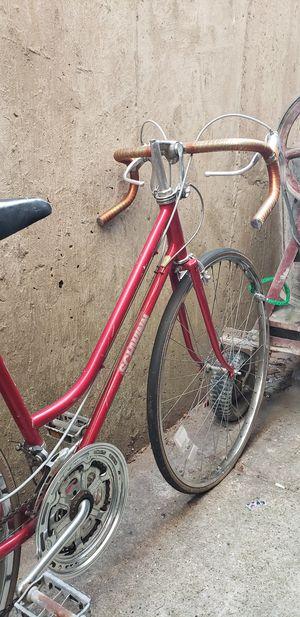 Women's Chicago Schwinn Bike for Sale in Chicago, IL