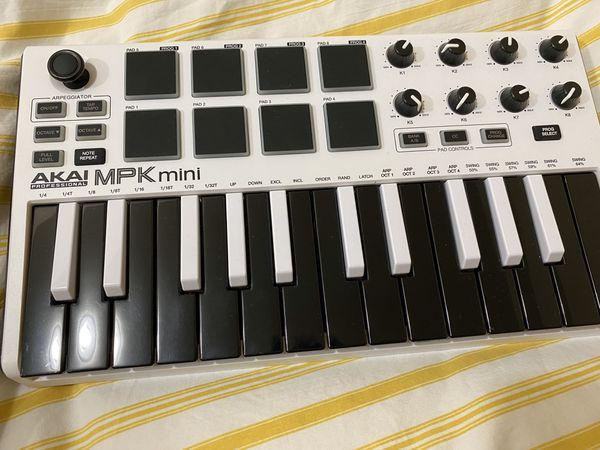 Akai MPK Mini