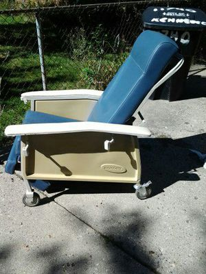 Orthopedic Reclining Chair for Sale in Detroit, MI