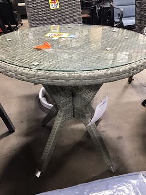 Safavieh Langer Grey Weatherable End Table for Sale in Houston, TX