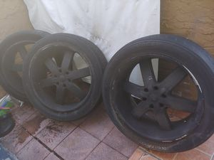 22 inches rims silver painted black for Sale in Miami, FL
