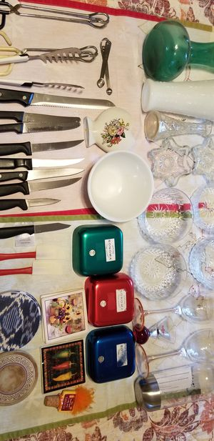 Assorted kitchen and household items for Sale in Aliquippa, PA