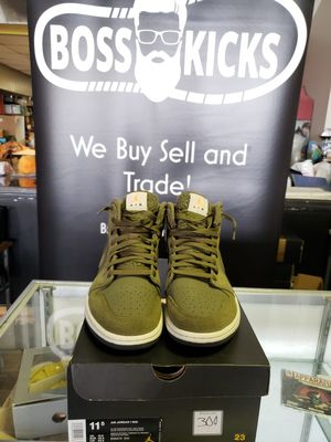 Jordan 1 mid olive size 11.5 used for Sale in Columbus, OH