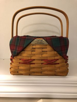 """Longaberger 2000 Limited edition """"deck the halls"""" basket for Sale in Gallatin, TN"""