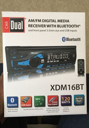 Dual audio bluetooth car stereo with built in mic and USB port for Sale in Raleigh, NC