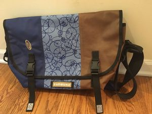 Timbuk2 Medium Messenger Bag for Sale in Chicago, IL
