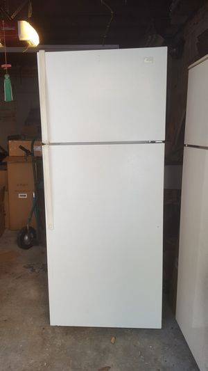 Whirlpool Refrigerator for Sale in Brooklyn, NY