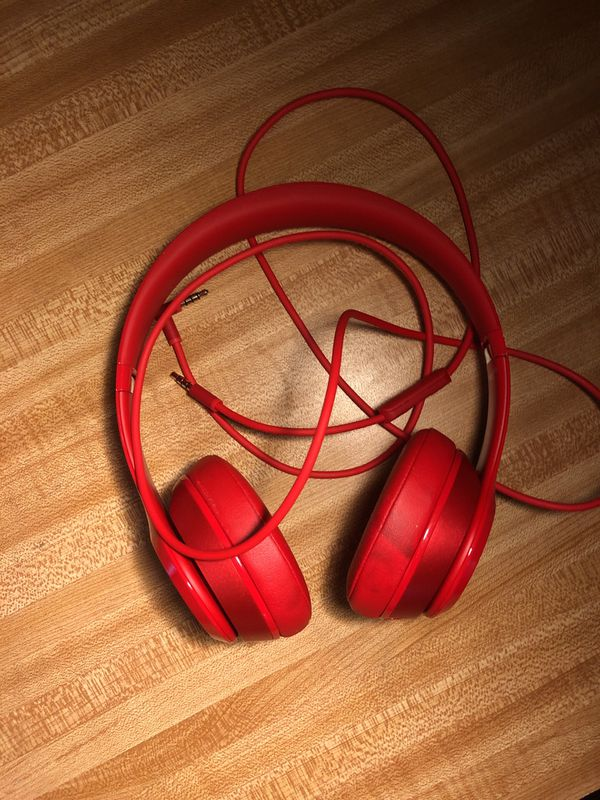 Beats solo 2 red