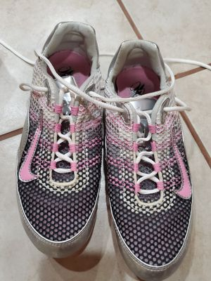 Size 6.5 women's, girls ZOOM JANA STAR track shoes, spikes, cleats for Sale in Chicago, IL