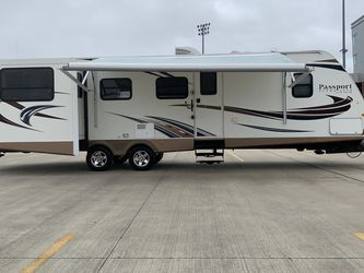 2014 passport 33 feet double super slide in good condition for Sale in Houston,  TX
