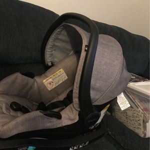 Evenflo Infant Carseat for Sale in Galena, OH