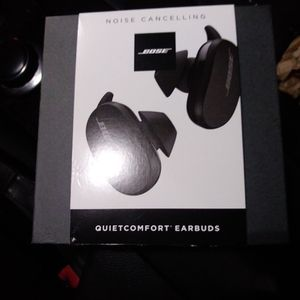 BOSE QUIETCOMFORT EARBUDS WITH NOISE CANCELLATION for Sale in San Jose, CA