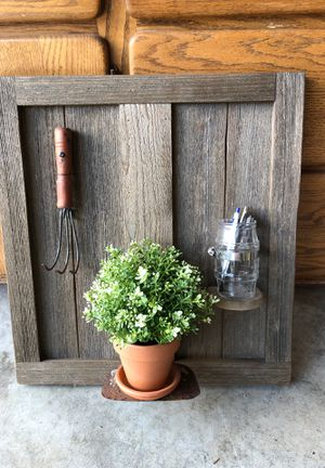 Wall Shelf with Planter for Sale in Edgewood, WA