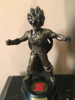 Gold goku figure for Sale in Caruthers, CA