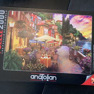 2000 Piece Jigsaw Puzzle for Sale in Modesto, CA