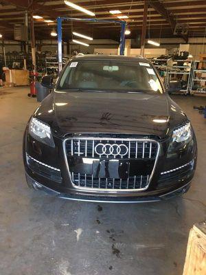 2013 Audi Q7Fuel Pump, Supension Parts, Glass, Interior Parts, Ignition Parts, Radio, Air Bag for Sale in Dallas, TX