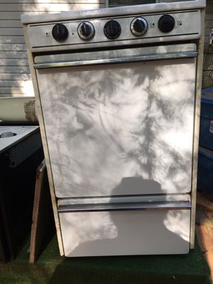 Small standing range/oven for rv camper or small apt. Gas for Sale in Tyler, TX