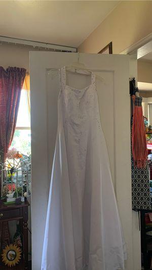 White wedding dress for Sale in Whittier, CA