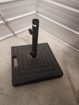 Umbrella stand ,,Heavy Duty ,,for Outdoor pool space. for Sale in Livermore, CA