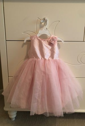 Girls tutu dress / flower girl/ special occasion, light pink 24 months , brand new never worn for Sale in Vancouver, WA