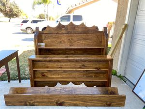 King bed frame for Sale in San Jacinto, CA