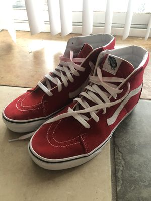 Men's size 9.5 red vans high top for Sale in Antioch, CA