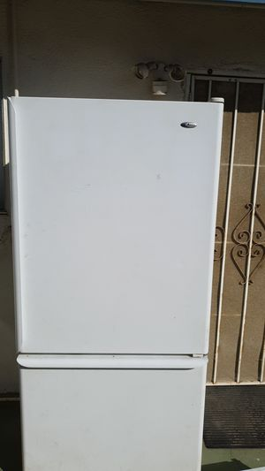 Amana Refrigerator 2002 for Sale in Chino, CA