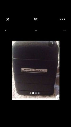 Bell & Howell auto load 8mm film projector for Sale in Las Vegas, NV