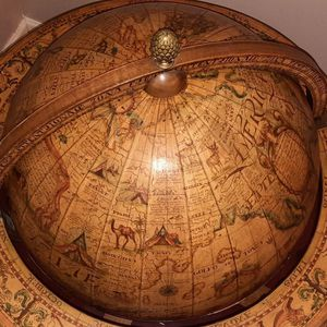 Wine Bar Globe Antique for Sale in Brooklyn, NY