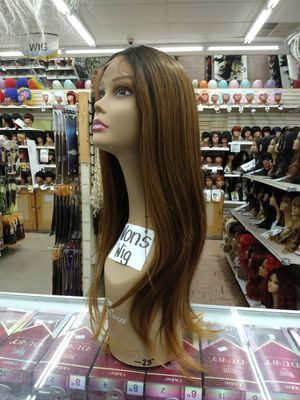 IW. Long straight ombre lace front wig for Sale in S CHESTERFLD, VA