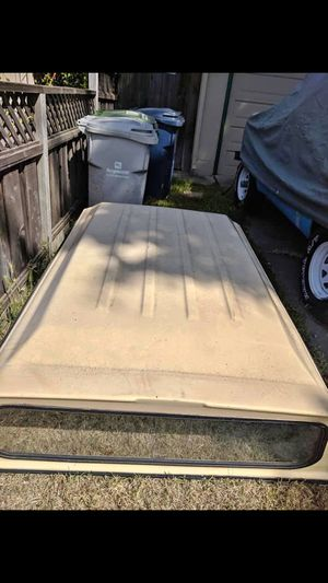 6 foot Truck bed camper shell for Sale in Hollister, CA