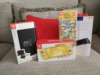 Nintendo Switch Lite + Mario Maker 2 and Accessories (Brand New) for Sale in Orlando,  FL
