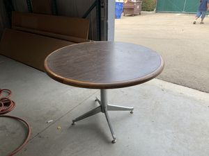 Office chairs, desks $20 or offer - business sold for Sale in Fresno, CA