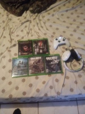 Xbox1 with accessories for Sale in Poinciana, FL